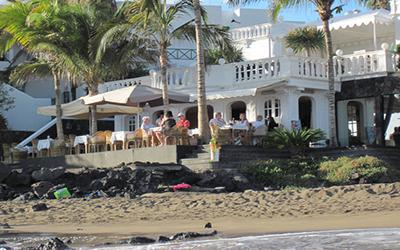1480018293_restauranteTerrazaPlayaPuertodelCarmenLanzarote.jpg