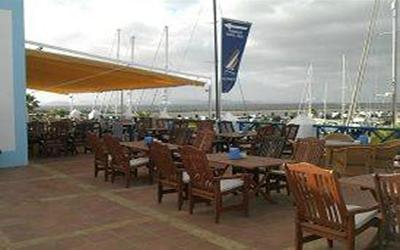 1480881527_terraza-la-cubierta-restaurante-play-blanca.jpg