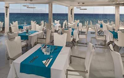 1479632650_lani-s-cafe-restaurantPuertodelCarmenLanzarote.jpg'