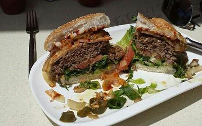 1480870851_IceHouse-Burger-PlayaBlanca.jpg'