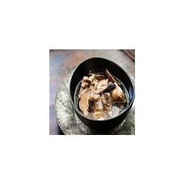 Pollo frito con salsa de champinones