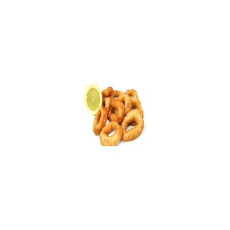 Calamares fritos con papa y ensalada