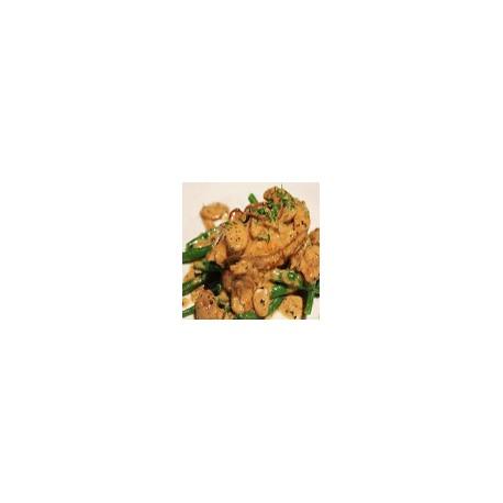 Pollo con champiniones frescas