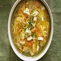 Sopa de Pollo con Fideo Chinos