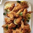 Alitas de pollo frito con miel