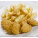 Nuggets de pollo y patatas fritas