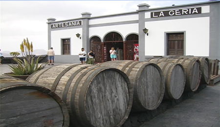 Planning your Winery La Geria Tour? Looking for the best deals on Lanzarote Island wine tours and other fun things to do in  Lanzarote? Book your Wine Tour from Playa Blanca Lanzarote wine tours here  - Best Deals from Playa Blanca Visits - Playa Blanca Wine Tour